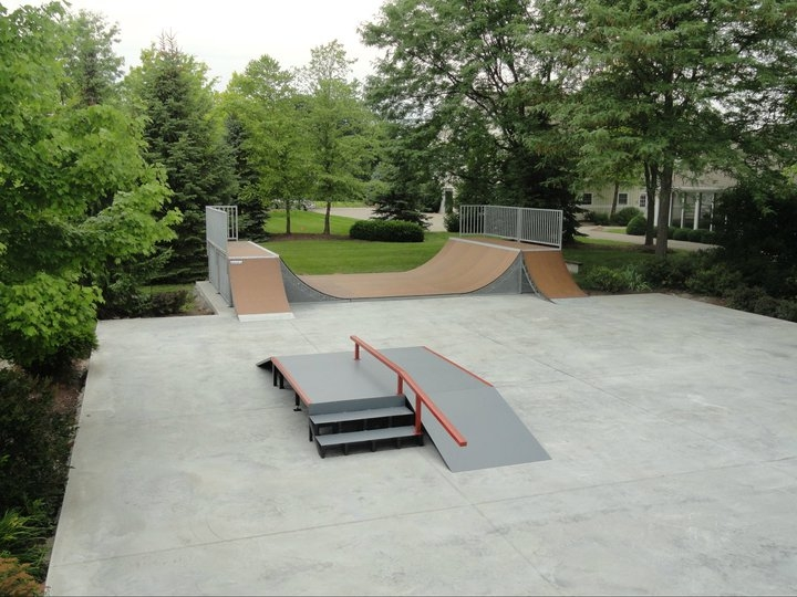 Backyard Skatepark - Indiana - Rampage Skatepark Equipment: Skatepark Gallery